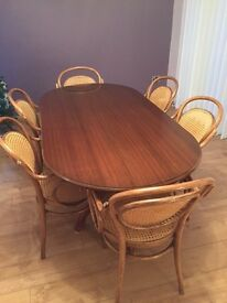 Solid wood dining table + 6 carvers