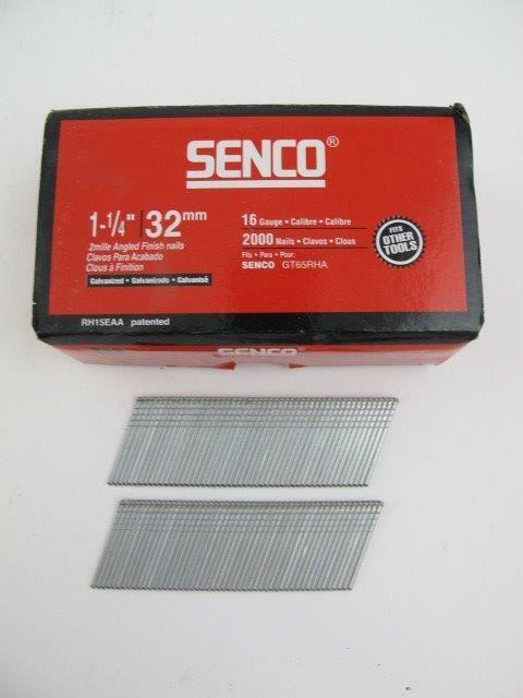 "2000 Count SENCO Galvanized 1-1/4"" Angled Finish Nail Gun 16 ga Nails RH15EAA"