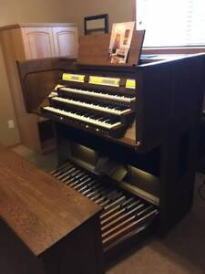 CONTENT 3 Manual Church/Home Organ