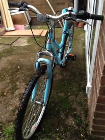 """Ladies Bike. Great condition. 19"""" frame."""