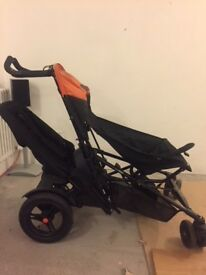 Micralite TwoFold quickly and easily converts from single to double buggy has built-in buggy-board