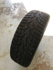 4 TOYO OBSERVE G3-ICE SNOW TIRES - SIZE 205/60R16 with rims.