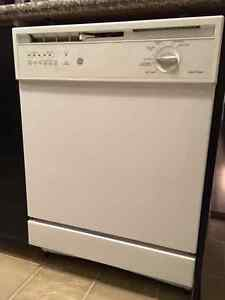Fridge, Stove and Dishwasher for sale, Brand: GE, white Oakville / Halton Region Toronto (GTA) image 3