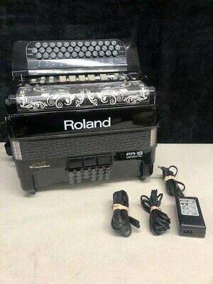 Roland V Accordion FR-18 Electronic Accordion
