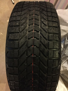 Firestone Winterforce Tires On Rims 235/55 R17 Lightly Used