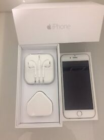IPHONE 6 -64GB-SILVER UNLOCKED GREAT CONDITION COMES BOXED WITH ALL ACCESSORIES