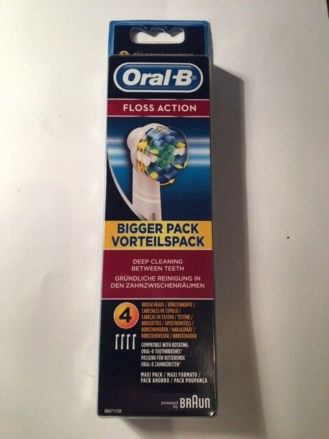 Oral B Floss Action Replacement Toothbrush Heads x4
