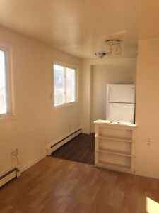 Affordable Two Bedroom Fairview Apartment