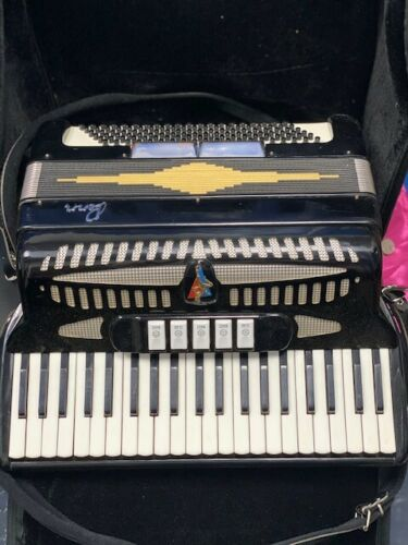 Penn Accordian