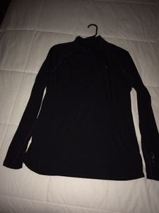 Womens' Nearly-New LIghweight Athletic Pullover (Size L)