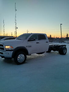 2017 Ram 5500 SLT cab and chassis 681 km !