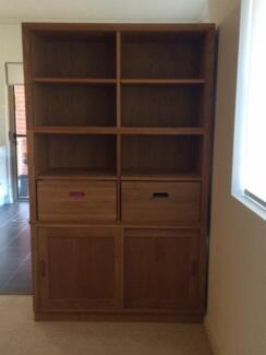 Beautiful solid wood bookcase Naremburn Willoughby Area Preview