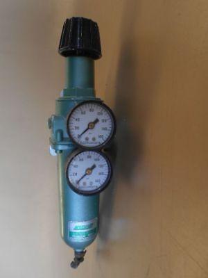 Used Speedaire Compressed Air Filter Regulator 150 Psi 0-15 Cfm