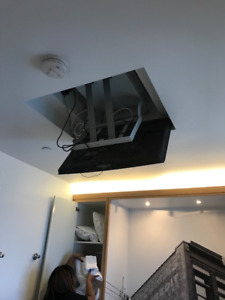 Automatic Ceiling Mount for TV