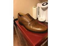 Brown leather day Brogues size 9
