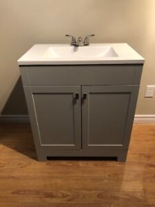 Bathroom Vanity 31-in with  Liesel Gray Cultured Marble Top
