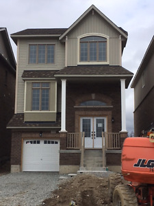 **BRAND NEW**(2400 sqft) House from Builder in Alliston *$1900*