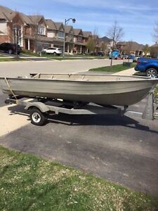 ### WIDE & DEEP V ALUMINUM BOAT AND TRAILER PACKAGE