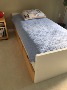Twin bedroom set - moving sale
