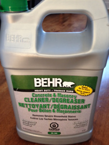 BEHR Concrete & Masonry Degreaser & Cleaner