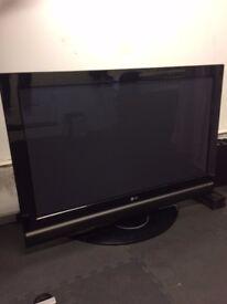 LG 42'' Widescreen HD Ready Plasma TV