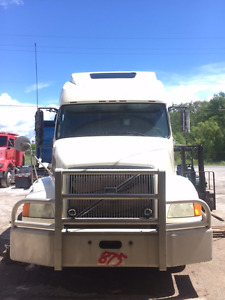 Parting Out 2003 VOLVO VNL670 ISX NON EGR 2.79 RATIO