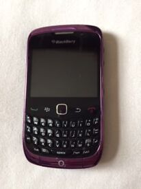 Blackberry Curve 9300 unlocked purple mobile handset very good condition