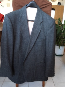 Men's blue wool sport coat 44 S