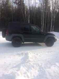 2005 Jeep Liberty Diesel SUV, Crossover