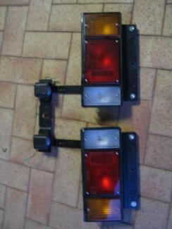 TAIL LIGHTS & NUMBER PLATE LIGHTS