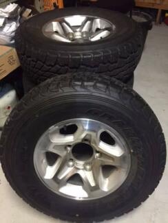 79 Series Land Cruiser 5 stud wheels x 4