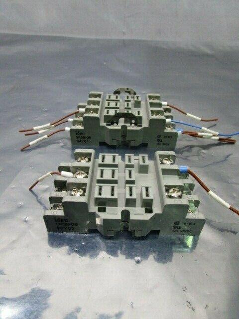 2 IDEC SR3B-05 10A 300V Relay Socket Base, 101116