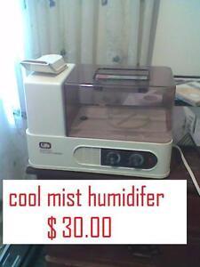 HUMIDIFER $ 30.00