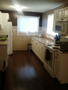 Bright 3 bedroom suite located near the hospital Prince George British Columbia image 9