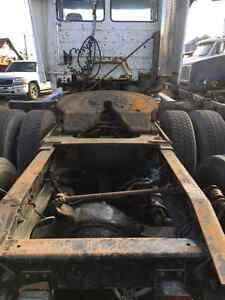 1999 FREIGHTLINER FL-112 *PARTING OUT* Williams Lake Cariboo Area image 5
