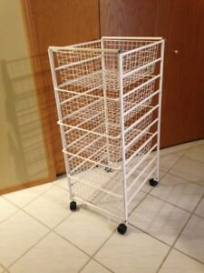 METAL ELFA WIRE 5 DRAWER SHELF UNIT ON COASTERS