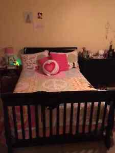 Deluxe 4-in 1 Crib and Infant bed Kitchener / Waterloo Kitchener Area image 2