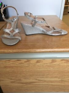 Like new Wedding Shoes size 8.5