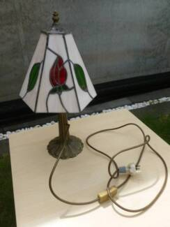 Stained glass lamp gumtree australia free local classifieds hand crafted stained glass table lamp great conditio greentooth Gallery