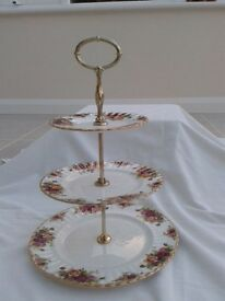 Royal Albert Old Country Cake Stand