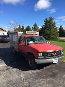 1994 Chevrolet C/K Pickup 2500 red Other