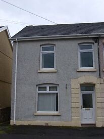 3 bedroom house for rent in Llangennech, Llanelly