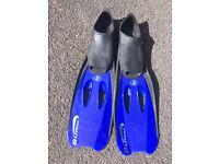BodyGlove Surge Fins Blue size adult 6-7