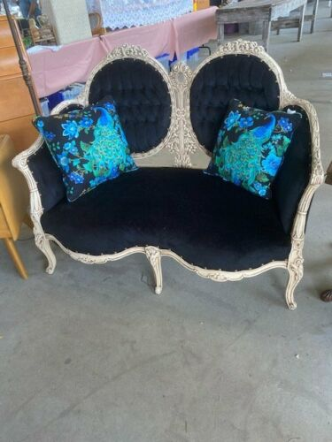 ANTIQUE FRENCH Victorian SETTEE OUTRAGEOUS CARVINGS   Newly recovered,