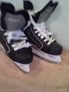 Boys / Youth hockey skates Hespeler
