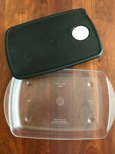 Tupperware ~  Rock N Serve ~ Clear 6 Cup Container & Black Seal   #3381