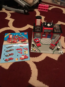Lego Vintage 6385 Fire Station 100% Complete With Manual