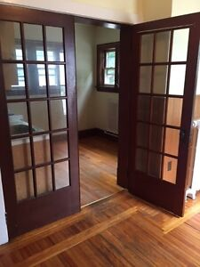 Comfortable bachelor apartment- easy walk to downtown NewGlasgow
