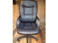 Large Black Faux Leather *OFFICE MANAGER CHAIR* Mastermind Style Swivel Adjusts?