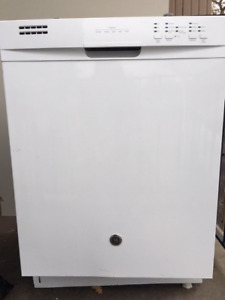 Dishwasher for sale - almost new!